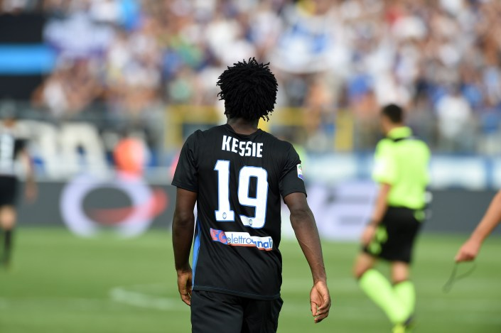 BERGAMO, ITALY - SEPTEMBER 11: Franck Kessie of Atalanta BC walks during the Serie a match between Atalanta BC and FC Torino at Stadio Atleti Azzurri d'Italia on September 11, 2016 in Bergamo, Italy. (Photo by Pier Marco Tacca/Getty Images)