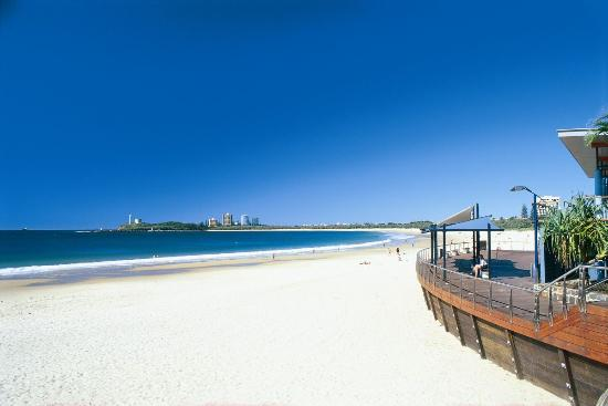 white-sands-of-mooloolaba