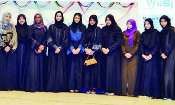 Fathima Afsar, the IISJAA joint secretary, and Sabah Noureen along with other volunteers during a function to observe Ladies Reunion, in Jeddah.