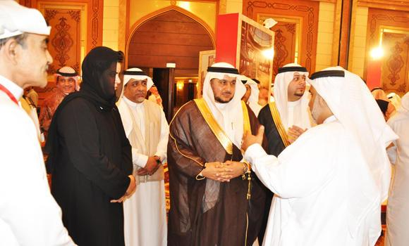 In this file picture, a Saudi businesswoman is seen with fellow members of the Jeddah Chamber of Commerce and Industries (JCCI). Saudi businesswomen are seeking a regulatory level playing field so that they can compete with male businessmen.