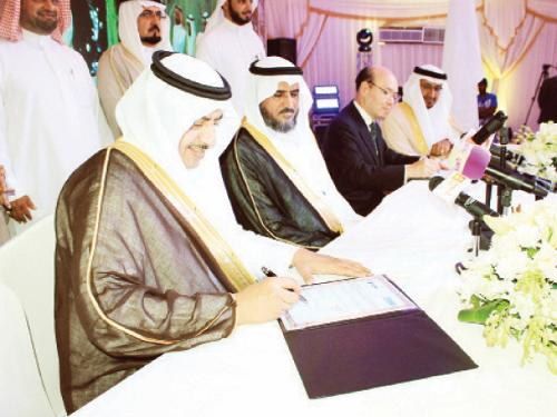 Saline Water Conversion Corporation (SWCC) Gov. Abdulrahman Al-Ibrahim, Japanese Ambassador to Saudi Arabia Jiro Kodera, Sakamoto Ryuzo, chairman of TOYOBO, Saeed Al Harthi, AJMC CEO seen at the signing ceremony