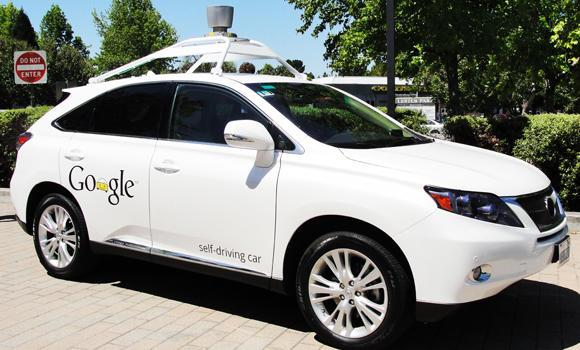 A Google'self-driving car is seen in Mountain View, California, on May 13, 2014. Google on Wednesday said it is now making a car without a steering wheel. (AFP Photo/Glenn Chapman)