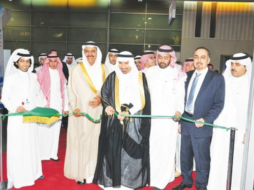 Dr. Saleh Bin Hussein Al Awaji, Deputy Minister of Electricity, cuts the ceremonial during the  opening of the  Saudi Electricity Exhibition on Monday being held under the patronage of the Minister of Water & Electricity Eng. Abdullah Bin Abdulrahman Al Hussayen.