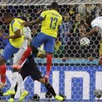 Ecuador sinks Honduras 2-1 at World Cup