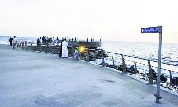 A renovated South Corniche attracts both Jeddawis and residents from other cities of the Kingdom.
