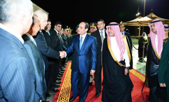 Egyptian President Abdel Fattah El-Sissi is (center) is welcomed on his arrival at the international airport in Jeddah by Deputy Crown Prince Muqrin (2nd right) and other officials and dignitaries. (SPA)