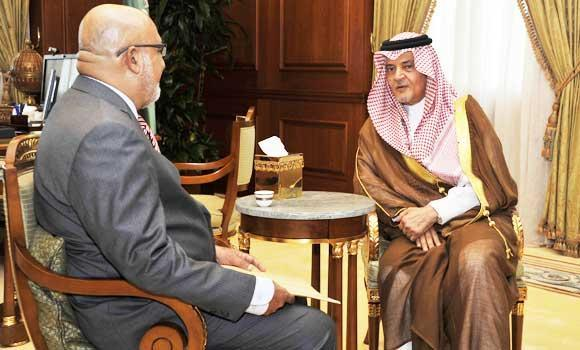 Foreign Minister Prince Saud Al-Faisal and Sri Lankan Ambassador Mohamed Hussein Mohamed.