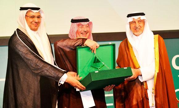 Minister of Education Prince Khaled Al-Faisal and Nael Samir Fayez, Injaz Saudi Arabia program's executive director, at the program's annual ceremony on Tuesday.