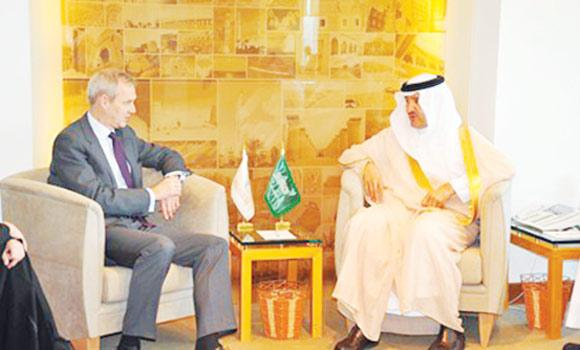 German Ambassador Boris Ruge speaks to Prince Sultan bin Salman, president of the Saudi Commission for Tourism and Antiquities, at the tourism body›s headquarters in Riyadh on Wednesday.