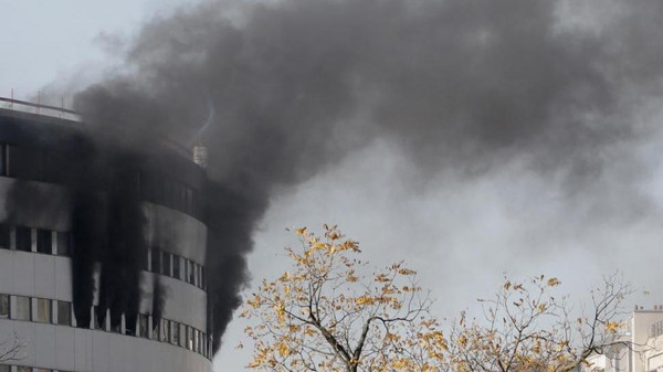 "A fire broke out on Friday on the seventh floor of the ""Maison de la radio"" (""Radio house""), a vast circular building in Paris housing several media operations."