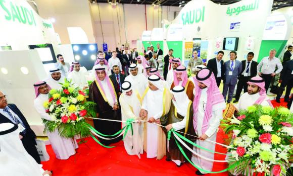 Abdul Rahman Al-Zamil, president of the Council of Saudi Chambers and member of the board of directors of the Saudi Exports Development Authority, opens the Saudi pavilion at the Big 5 Exhibition in Dubai International Exhibition and Conference Center on Monday. The exhibition will continue until Nov. 20. About 98 Saudi exhibitors are taking part in the show.
