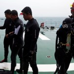 AirAsia search resumes, no black box signals yet