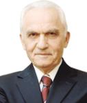 Yasar Yakis