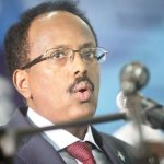 Somalia leader declares country a war zone, replaces chiefs