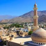 Oman slashes minimum wage requirement for expats bringing in families