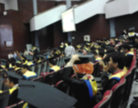 Wisuda-Universitas-Hasanuddin-Periode-IV-2012-2013