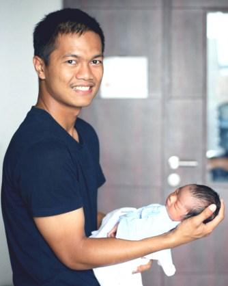FotoRizqi Fahma dan Bayi
