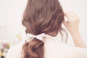 الاسرار 14  للحفاظ على لمعان و صحة شعرك