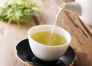 لماذا يجب ان تشرب الشاي الاخضر