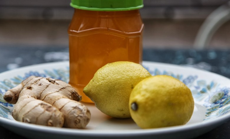 Photo of العسل و الليمون للتخلص من الام الحنجرة و الحلق