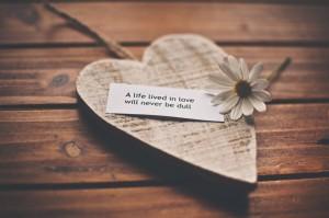 9 خطوات لاجعل زوجي رومانسيا