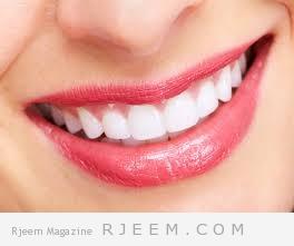 تبييض الاسنان في دقيقة واحدة