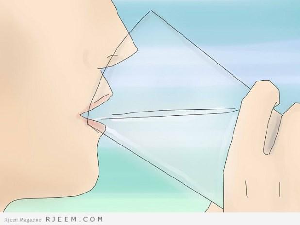 10 اعراض لنقص الماء في الجسم