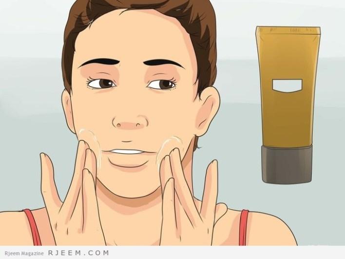 6 خطوات لتنظيف البشرة بعمق