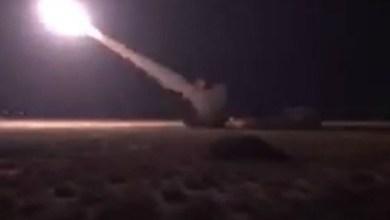 Photo of شاهد: راجمات الصواريخ تدك أوكار الحوثيين ومغامرتهم انتهت باصطيادهم