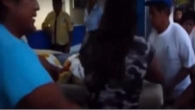 Photo of بالفيديو: شاب ميت يعود للحياة قبل ثوان من دفنه