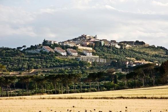 PAY-The-town-of-Candela-Foggia-Apulia-It