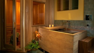 Photo of تصاميم حمامات خشبية 15 تصميم لحمامات مع احواض استحمام خشبية