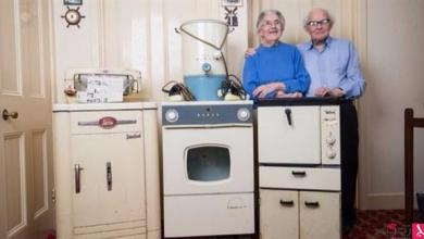 Photo of بالفيديو: زوجان يستخدمان نفس الأدوات المنزلية منذ 60 عاماً