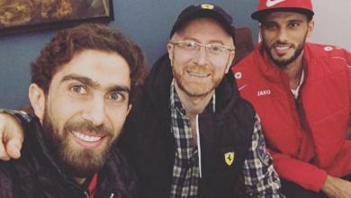 """Photo of السومة والخطيب في زيارة خاصة لمنزل """"نمس"""" باب الحارة"""