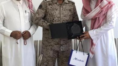 Photo of مرابط في الحد الجنوبي يكرّم معلما ساعد ابنه في إتقان تعليمه