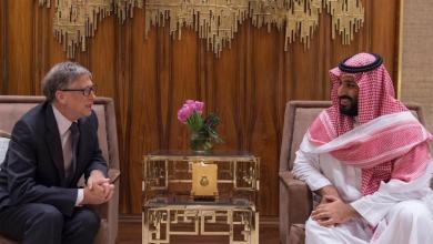 Photo of ولي العهد وبيل جيتس يستعرضان فرص الاستثمار في نيوم والعلا