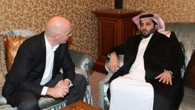 "Photo of تركي آل الشيخ يجتمع مع رئيس ""فيفا"""