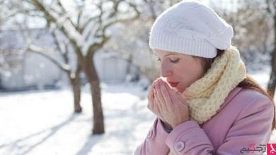 Photo of لماذا تشعر المرأة بالبرد أكثر من الرجل؟