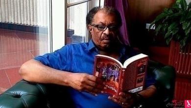 """Photo of أمير تاج السر لـ24: مشروعي الأدبي عنوانه """"السعي للحرية"""""""