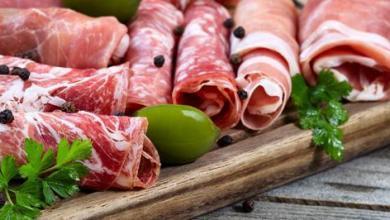 Photo of الإفراط في تناول اللحوم الحمراء والمعالجة يزيد من خطر المشاكل الكبدية