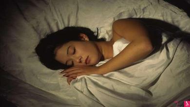 Photo of العلماء يثبتون فائدة النوم للعقل