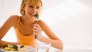 Photo of لماذا يجب أن تتناول وجبة خفيفة بين الساعة 4-6 مساءً؟