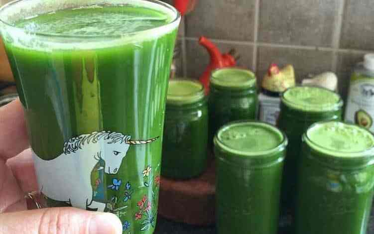 صور العصير الأخضر