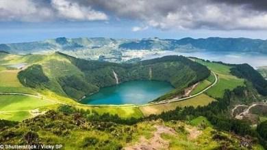 Photo of تعرف على أغرب جزيرة بركانية لقضاء العطلات في العالم