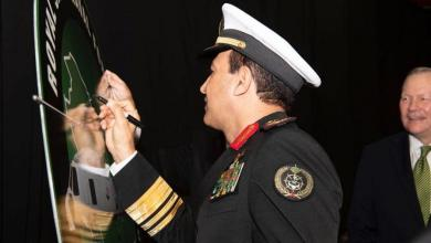 "Photo of قائد القوات البحرية السعودية يدشن مروحية ""MH-60R"" القتالية بنيويورك"