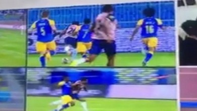 Photo of منع حكمين من إدارة مباريات الدوري السعودي