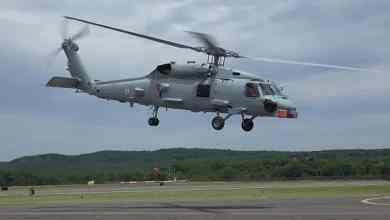 Photo of القوات البحرية السعودية تدشن طائرة (MH-60R) الخميس القادم بأمريكا.. هذه أبرز مهامها