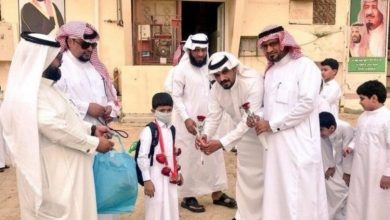 Photo of شاهد كيف استقبلت مدرسة سعودية طالب تعالج من السرطان