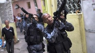 Photo of البرازيل: مقتل 4 مسلحين احتجزوا 25 رهينة في دار مراهنات