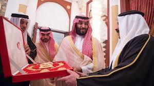 Photo of وصول ولي العهد إلى البحرين قادما من الإمارات